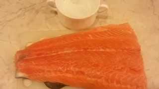 Как засолить красную рыбу (лосось, форель, семга)(Как засолить красную рыбу (лосось, форель, семга) .Засолка рыбы дома выйдет не только дешевле, но и рыба будет..., 2014-05-29T17:27:10.000Z)