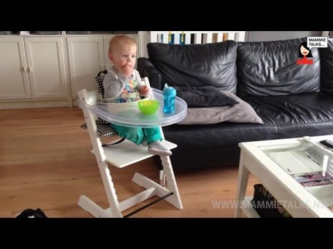 playtray voor stokke tripp trapp video review voor mammietalks youtube. Black Bedroom Furniture Sets. Home Design Ideas