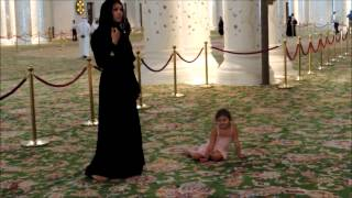 МЕЧЕТЬ в Абу-Даби(Великая мечеть шейха Заеда в Абу-Даби., 2013-04-06T13:12:37.000Z)
