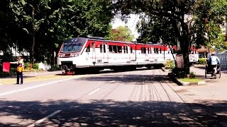 Railbus Batara Kresna Wara-Wiri kota Solo