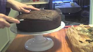 Episode 55 - Simple 2-tiered Birthday Cake - 6-19-11 - The Aubergine Chef