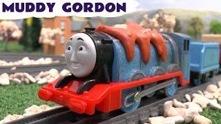 Thomas and Friends Toys R Us Trackmaster Muddy Gordon Thomas y sus Amigos Toy Train きかんしゃトーマス