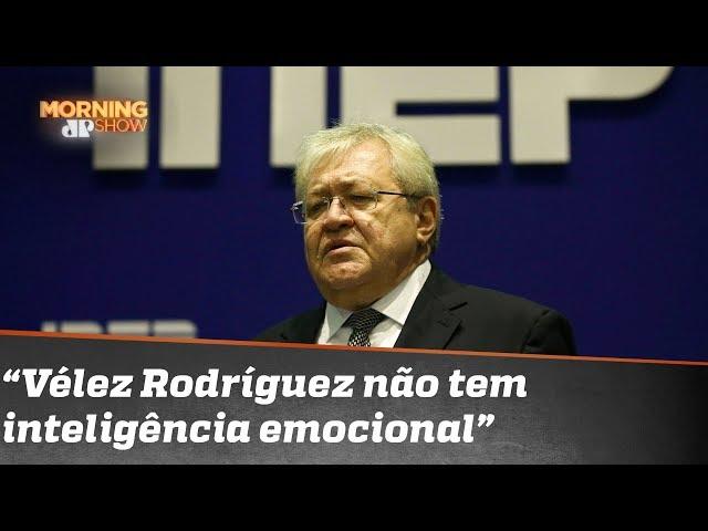 """""""Vélez Rodríguez é gerencialmente incompetente"""", diz presidente demissionário do Inep"""