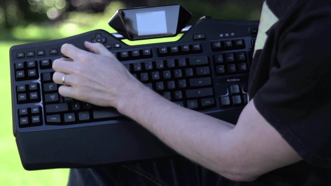 Logitech G19s Gaming Keyboard Unboxing & Overview - YouTube
