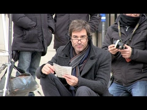 Eric McCormack shooting Perception Tv serie in Paris