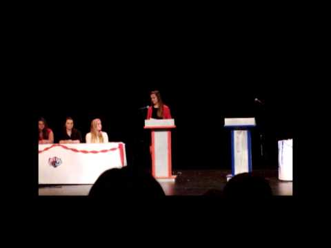 Teen Republicans debate Young Democrats
