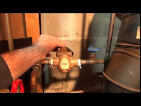 Hot water heating problems. No heat on the first or second floor. Plumbing Tips!