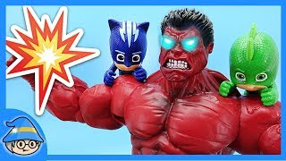 Red Hulk In The PJ Masks! Rescue the PJ Masks from the dinosaurs.