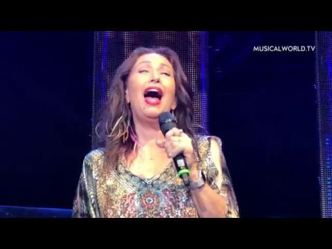 Yvonne Elliman sings I Don