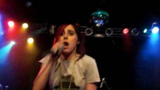 Lady Sovereign Love Me Or Hate Me Live 2009 New York City