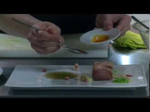 "Modernizando o cocido Diego López do restaurante ""La Molinera"", Lalín."