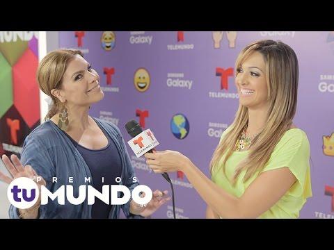 Ver Video de Olga Tañon Reto Emoji: Olga Tañon practica su inglés | Premios Tu Mundo | Entretenimiento