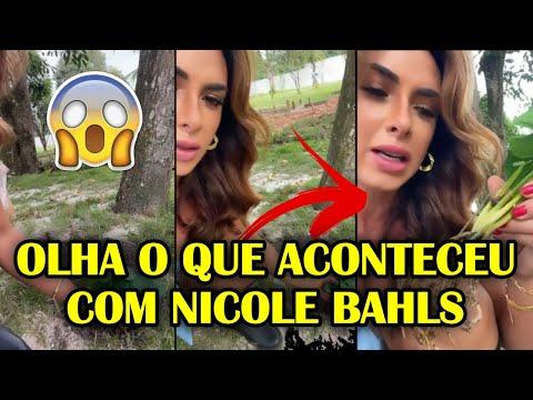 "Nicole Bahls Virou Meme! Nicole Bahls descobre que plantou muda de plástico 😂😂  ""PASSADA"""