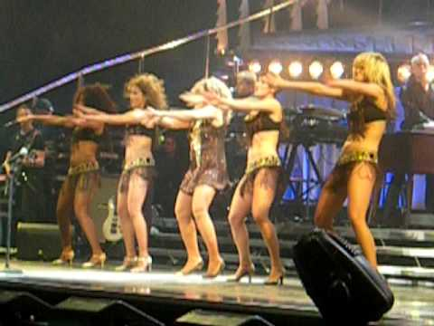 "Tina Turner: ""Proud Mary"" Manchester M.E.N. Arena - 30 March 2009"