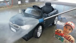 Car Wash for Kids: Dlan washing BMW at the car wash