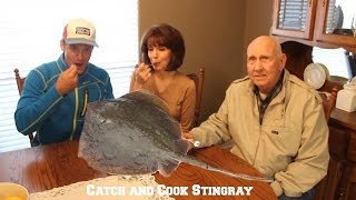 Catch and Cook Ep:4 Stingray ($600 Camera Goes Overboard)