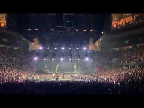 "Mumford & Sons ""I Will Wait"" Live Concert Cleveland Ohio 3/9/19"