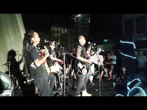Marjinal - Buruh Tani (Live In Taman Ismail Marzuki)