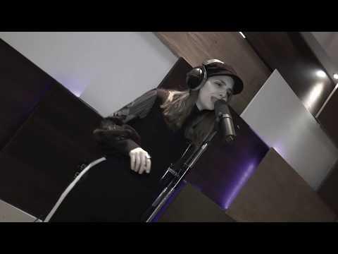 Jr Urban - Juegas en mi Mente (Official Video)из YouTube · Длительность: 3 мин18 с