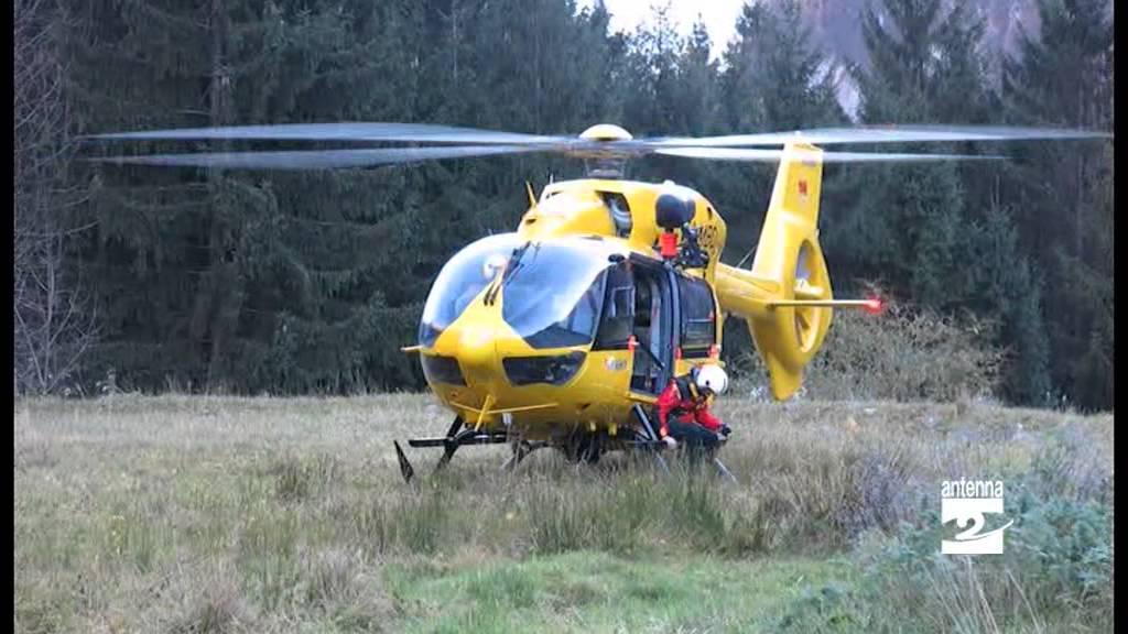 Elicottero 7 Posti : Un nuovo elicottero per il di bergamo youtube