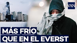 Chicago se congela tras la llegada de un vórtex polar