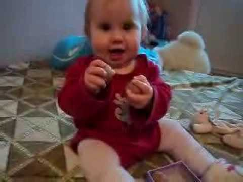 Развитие ребенка 7-8 месяцев