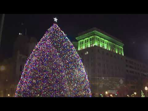 Justin The Web Guy - Syracuse's Christmas Tree Lighting Is Just Two Weeks Away!