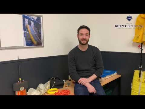 AeroSchool - Taille, tatouages et piercings