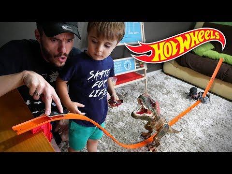 HOT WHEELS COM SKATE DE DEDO!! Brinquedos da Tech Deck Fingerboards - Hotwheels Racing Track