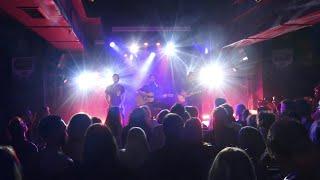 Distractions - Live acoustic (Bus Palladium, Paris)