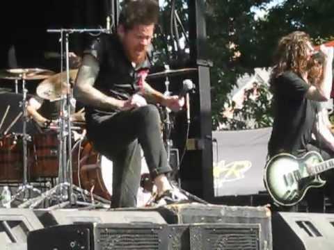 The Devil Wears Prada - Mammoth LIVE - Rockstar Mayhem Festival 2012 @ Saratoga Springs 7/31/2012