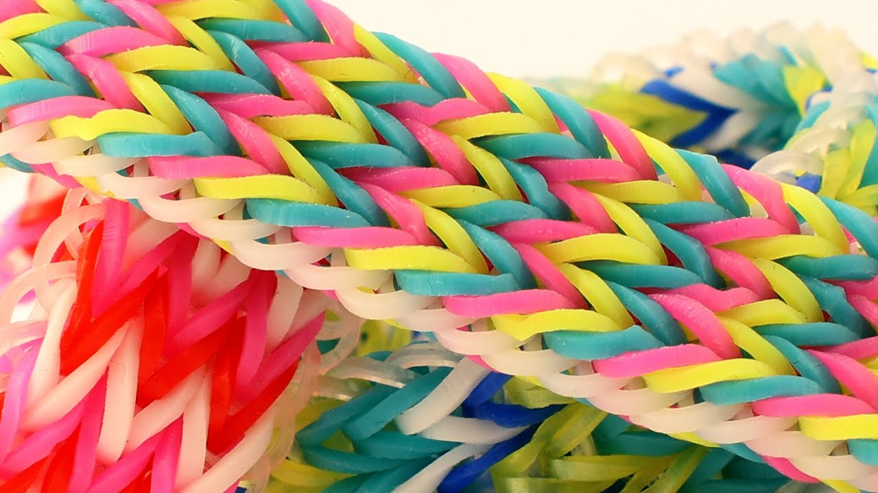 How To Make A Tripple Fishtail Rainbow Loom Bracelet