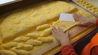 꽈배기 하나로 150억 매출, 160개 지점! 못난이 꽈배기 본점 - 천안중앙시장 / Sticky twisted Korean doughnuts - Korean street food