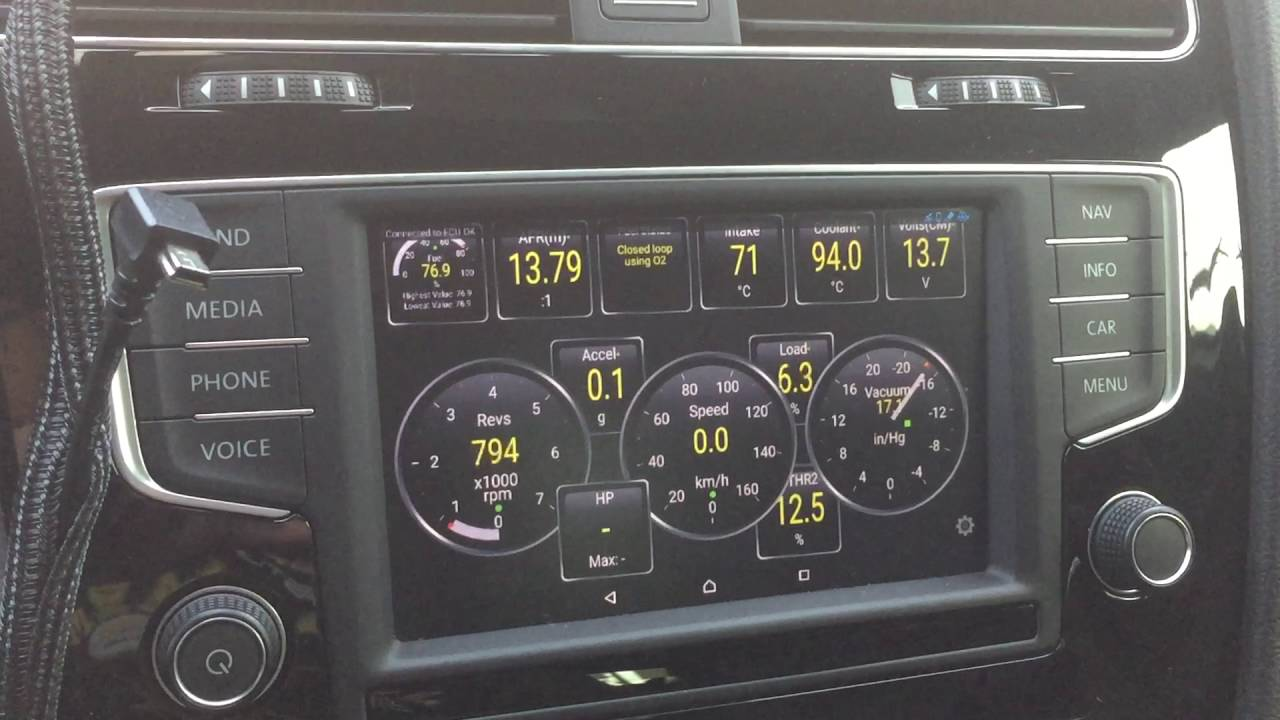 VW Golf R MirrorLink + Torque OBDII Display