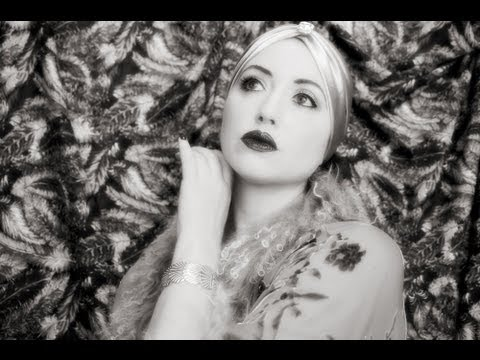 1920s makeup tutorial flapper fun for a gatsby style new years eve