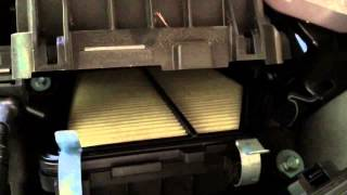 Video Honda CR-V 2015 Air Filter Replacement - All Models download MP3, 3GP, MP4, WEBM, AVI, FLV Agustus 2018
