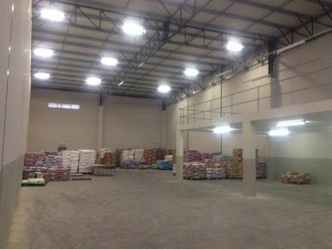 1370 Square Metre Industrial For Rent in Durban North, South Africa for ZAR 82,200 per m2...