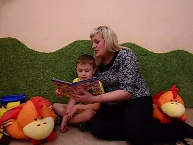 Изображение предпросмотра прочтения – АннаАнищенко читает произведение «Телефон» К.И.Чуковского