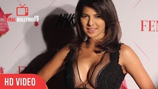 HOT SEXY Rochelle Rao At Nykaa Femina beauty Award | Viralbollywood Entertainment
