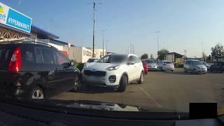 Kompilace z moravských silnic [#13] - jízda v protisměru a odřené auto na parkovišti