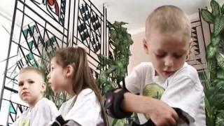 Научиться кататься на роликах могут даже малыши