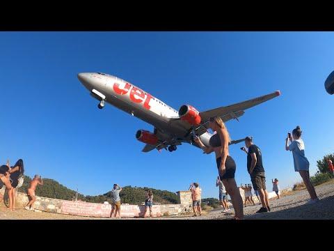 Skiathos airport dangerous