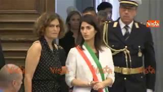 Virginia Raggi visita la camera ardente di Paolo Villaggio