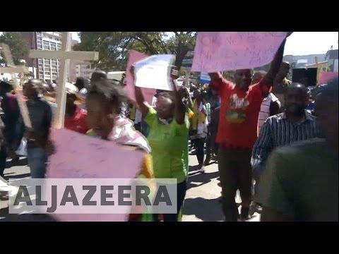 Frustration in Zimbabwe over faltering economy