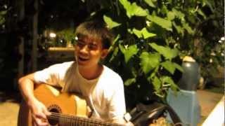 Guitar Acoustic - Cây Đàn Sinh Viên