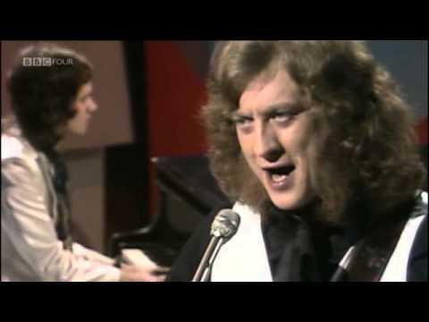 """Noel Gallagher interview on """"It's Slade"""" (1999)"""
