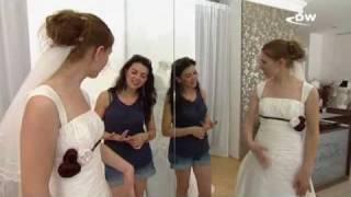 Свадебные платья от берлинских дизайнеров(Свадебное платье для невесты важнее жениха. Берлинские модные дизайнеры установили тренд: легкие благород..., 2010-07-23T12:22:56.000Z)