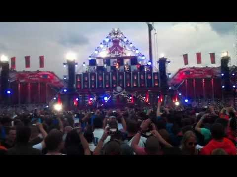 Coone - Intro + Music is Art live@Defqon.1 2012 Main-Stage HD