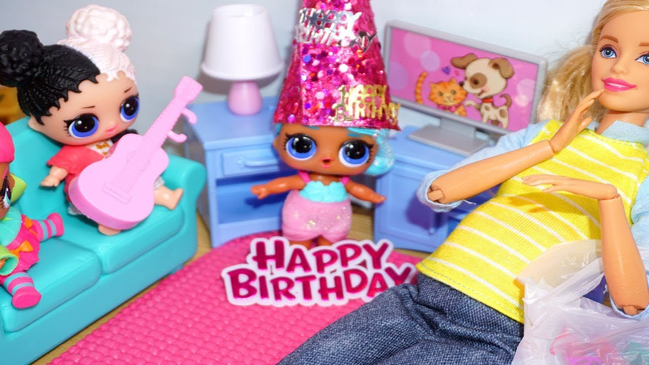 Barbie Helps Put Lol Surprise Doll Birthday Party Together