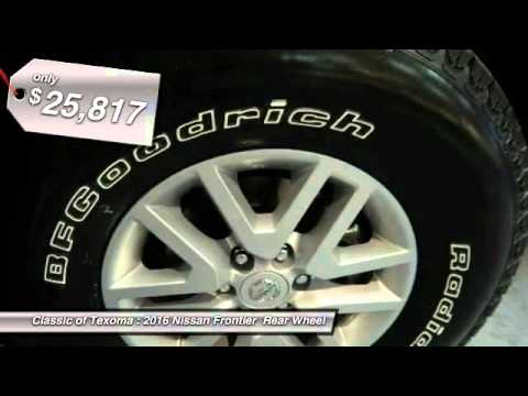 2015 and 2016 Nissan Frontier or Navara Trail Riding and Splashing Mud